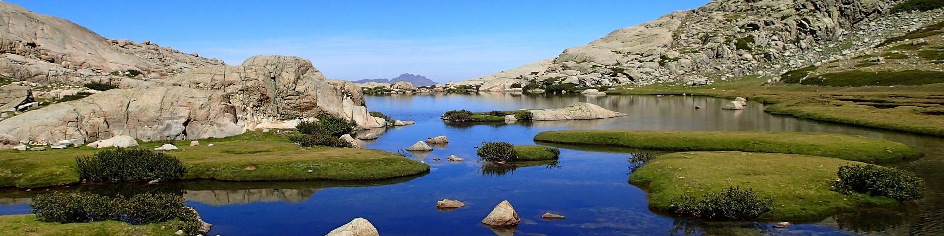 The Lavu di l'Uriente surrounded by characteristic pozzi formations, Haute-Corse