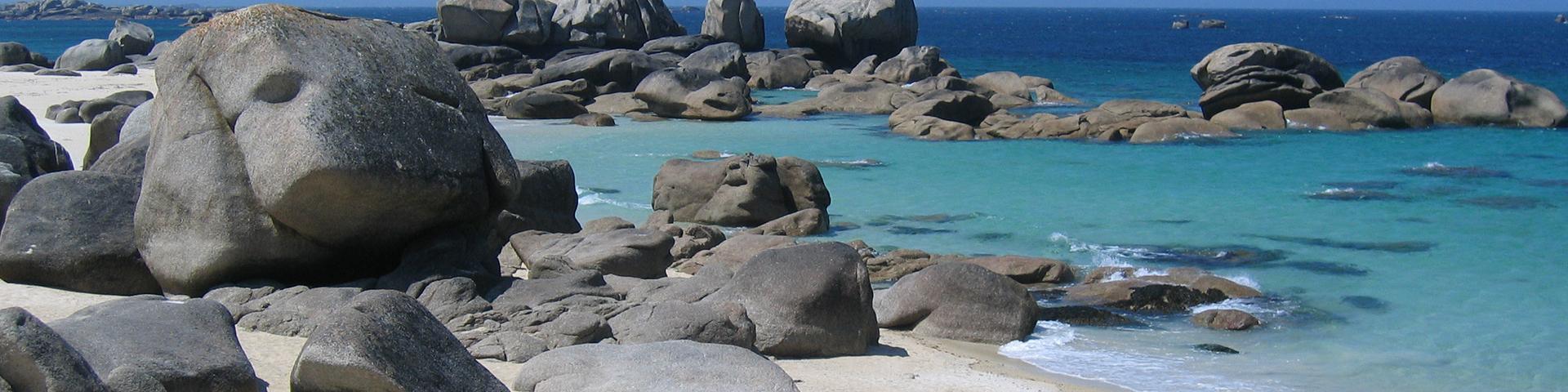 Granite boulder, Finistère