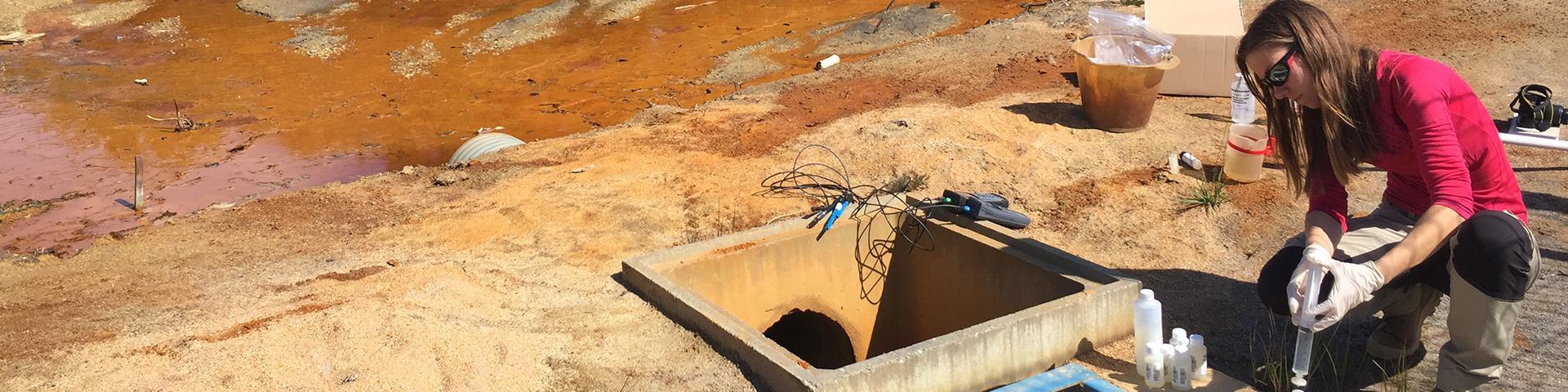 Prélèvement d'eau pour le suivi qualitatif et quantitatif des eaux issues du DMA, Loire-Atlantique